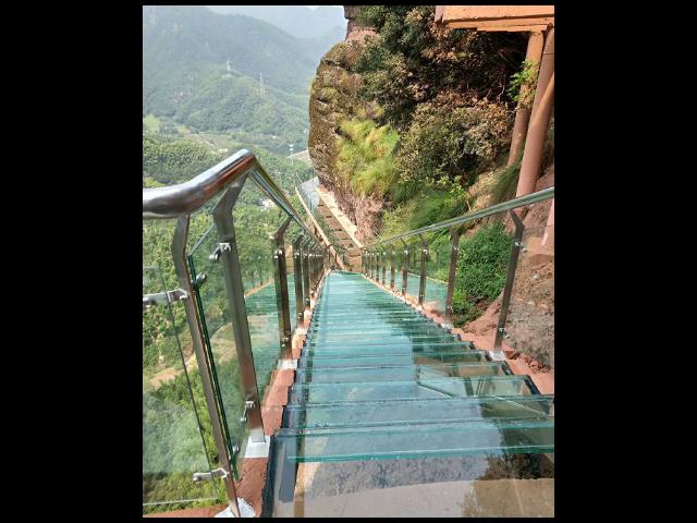 浙江景区玻璃水上滑道哪里有 抱诚守真 浙江辉弘旅游开发供应