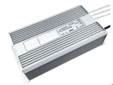 鹤岗安装太阳能充电控制器 贴心服务 杭州易达光电供应
