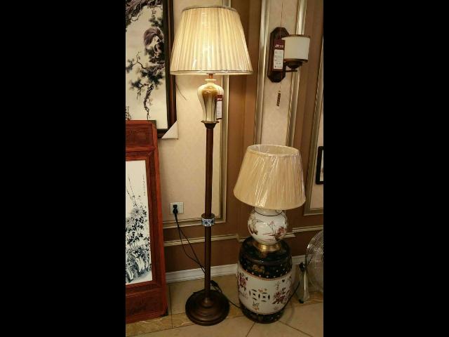 上海现代落地灯品牌 贴心服务「中山市佳窑照明供应」