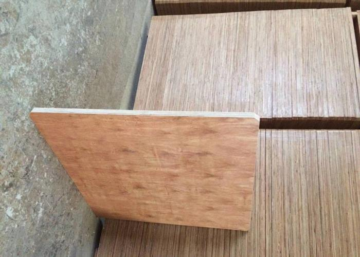 云南托板公司 创新服务 云南嘉缘免烧砖托板厂供应