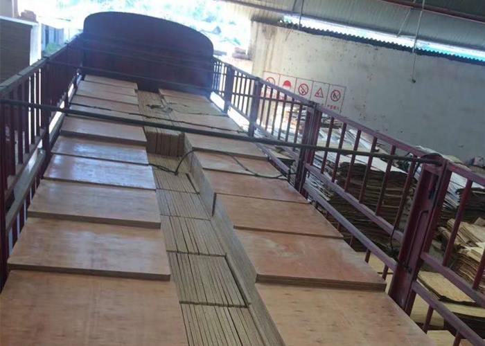 云南专业托板厂家供应 创新服务 云南嘉缘免烧砖托板厂供应