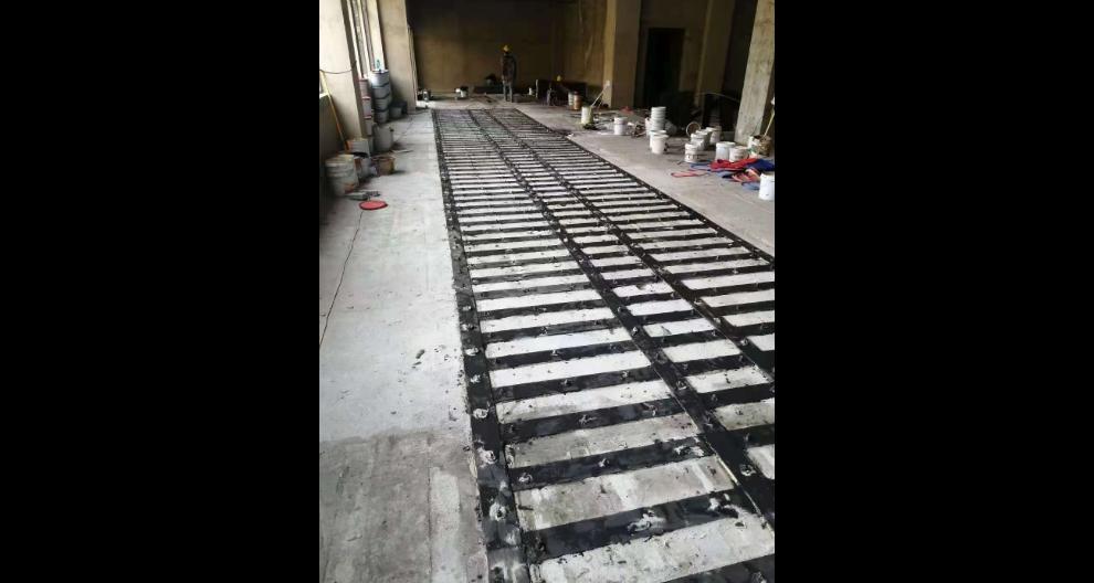 浙江楼板开洞粘钢加固施工方案