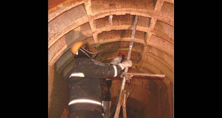 青岛金刚石链锯炉墙开孔 诚信服务 上海杰汇炉窑新技术供应