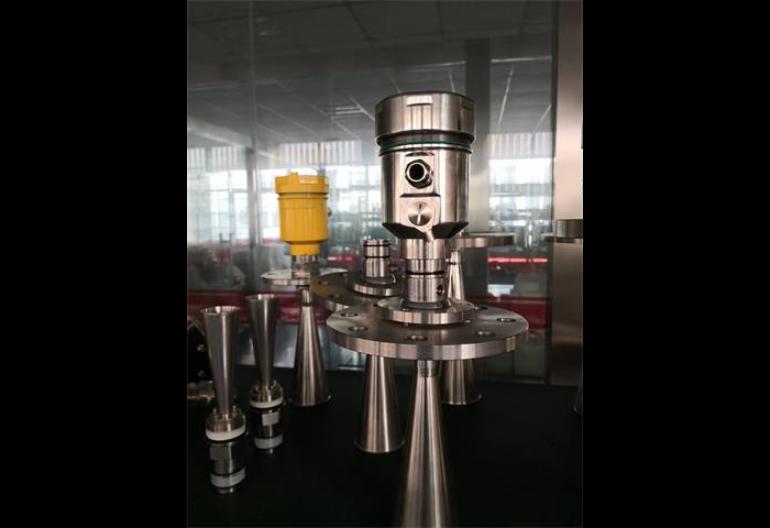 连云港雷达水位计厂家供应,雷达液位计