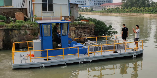 深圳半自动水草收割船厂家 诚信经营 无锡市金兆鑫环保科技供应