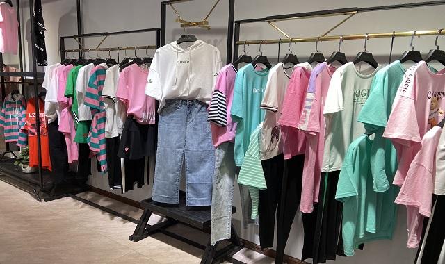 时尚品牌女装货源代销,女装