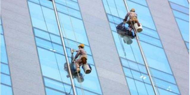 甘肅商場玻璃外墻清洗公司「蘭州潔美清洗保潔工程供應」