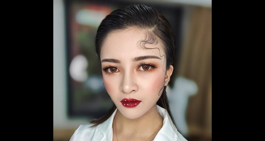 平陽有哪些好的學化妝哪家專業,學化妝