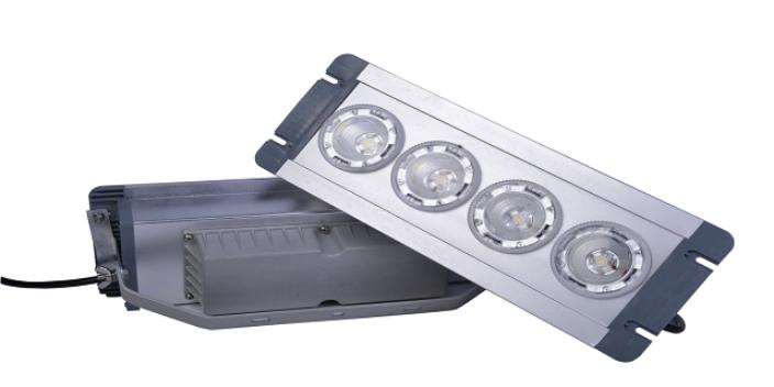选购LED三防灯泛光
