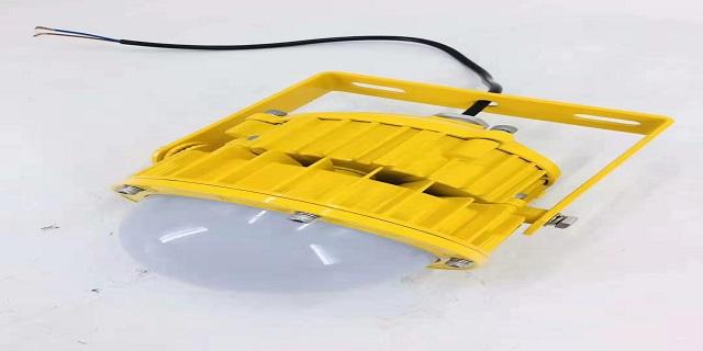 新疆生产LED防爆灯吊杆式