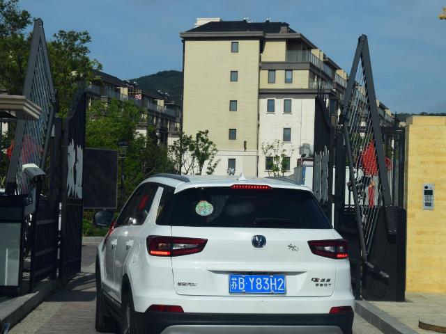 江西識別車牌顯示一體機 有口皆碑「無錫領秀科技供應」
