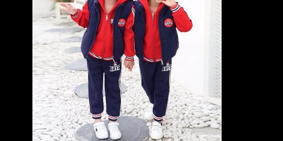 新款幼儿园园服选料定制厂家 欢迎来电「成都路易圣邦服饰供应」