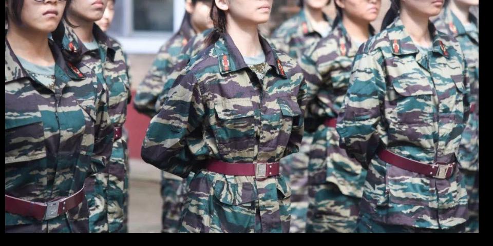 攀枝花套装军训迷彩服按标准加工