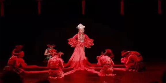 甘肃民间舞舞蹈艺术培训报名 兰州慈爱实验艺术职业学校供应