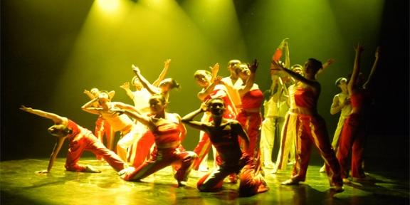 甘肃现代舞舞蹈艺术中心 兰州慈爱实验艺术职业学校供应