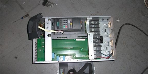 烏海軟啟控制器銷售廠家聯系方式「蘭州尊控電氣設備供應」