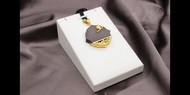 济宁黄金哪个品牌好「青岛铭仕珠宝首饰供应」