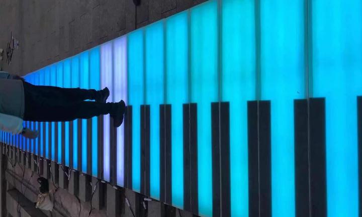 安徽发光带音乐地板钢琴地面钢琴生产定制厂家 欢迎咨询「上海漫波游乐设备供应」
