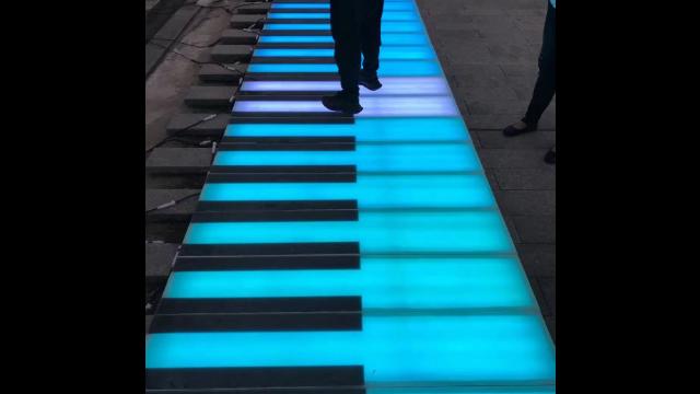 地面鋼琴現貨,地面鋼琴