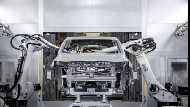无锡全自动喷涂机器人厂家「洛阳千歌机器人供应」
