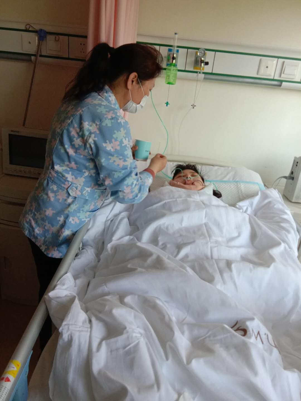 长宁区专业女护工一般多少钱 上海倍爱健康管理供应