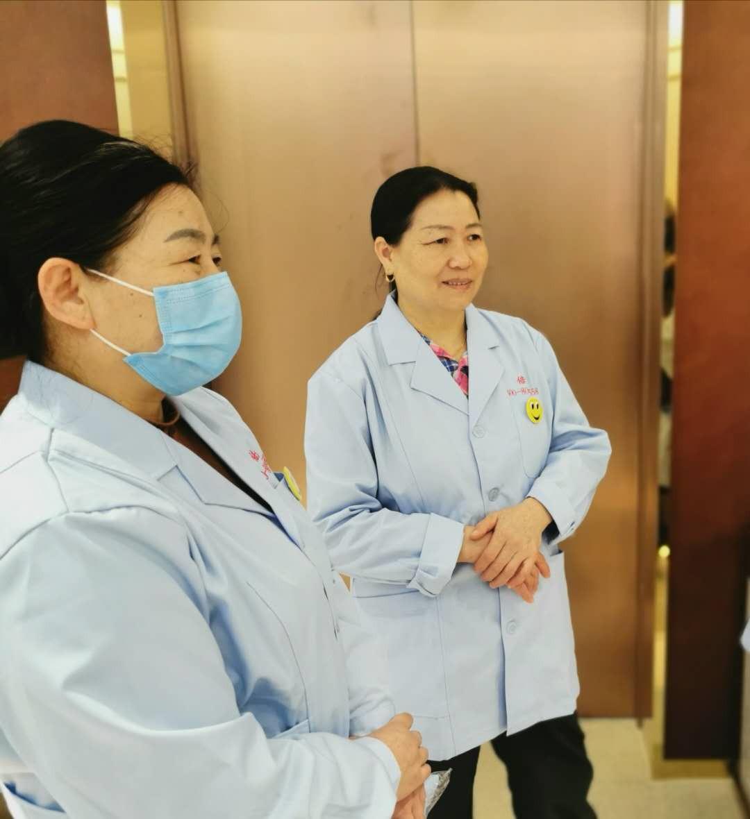 嘉定区一对一护工多少钱每天 上海倍爱健康管理供应