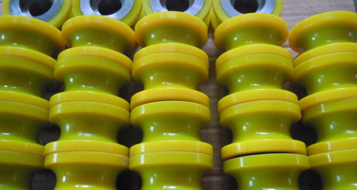 貴州制造聚氨酯U型輪V型輪包膠生產廠家,聚氨酯U型輪V型輪包膠