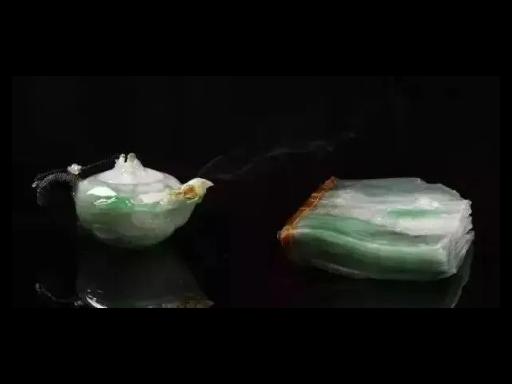 杭州高冰飘花翡翠毛料,翡翠