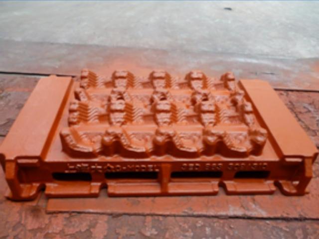 新沂汽车模具冲压 诚信互利 上海鸿达球铁铸造供应