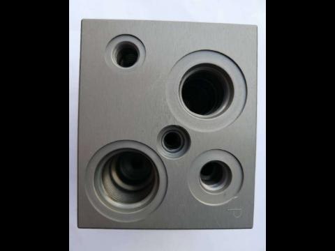 蘇州耐腐蝕液壓閥塊鍍鋅鎳合金 歡迎咨詢 上海弘夏電鍍供應