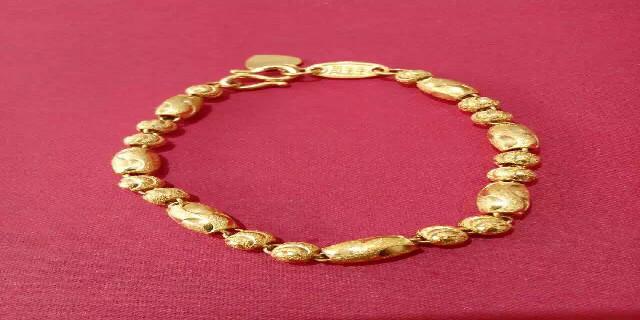 金山区现货黄金回收消息 服务至上 上海金子福珠宝供应