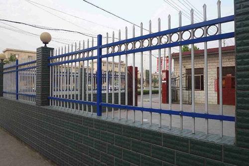 河南烤漆鐵藝欄桿鍛造 上海雋珞金屬制品供應