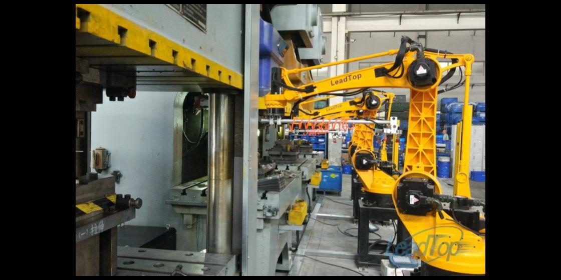 機器人全自動生產線應用