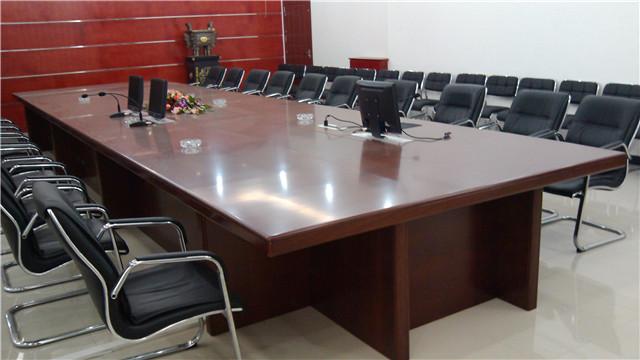 贵州实木办公桌厂家供应 值得信赖「Hi味供+供应」