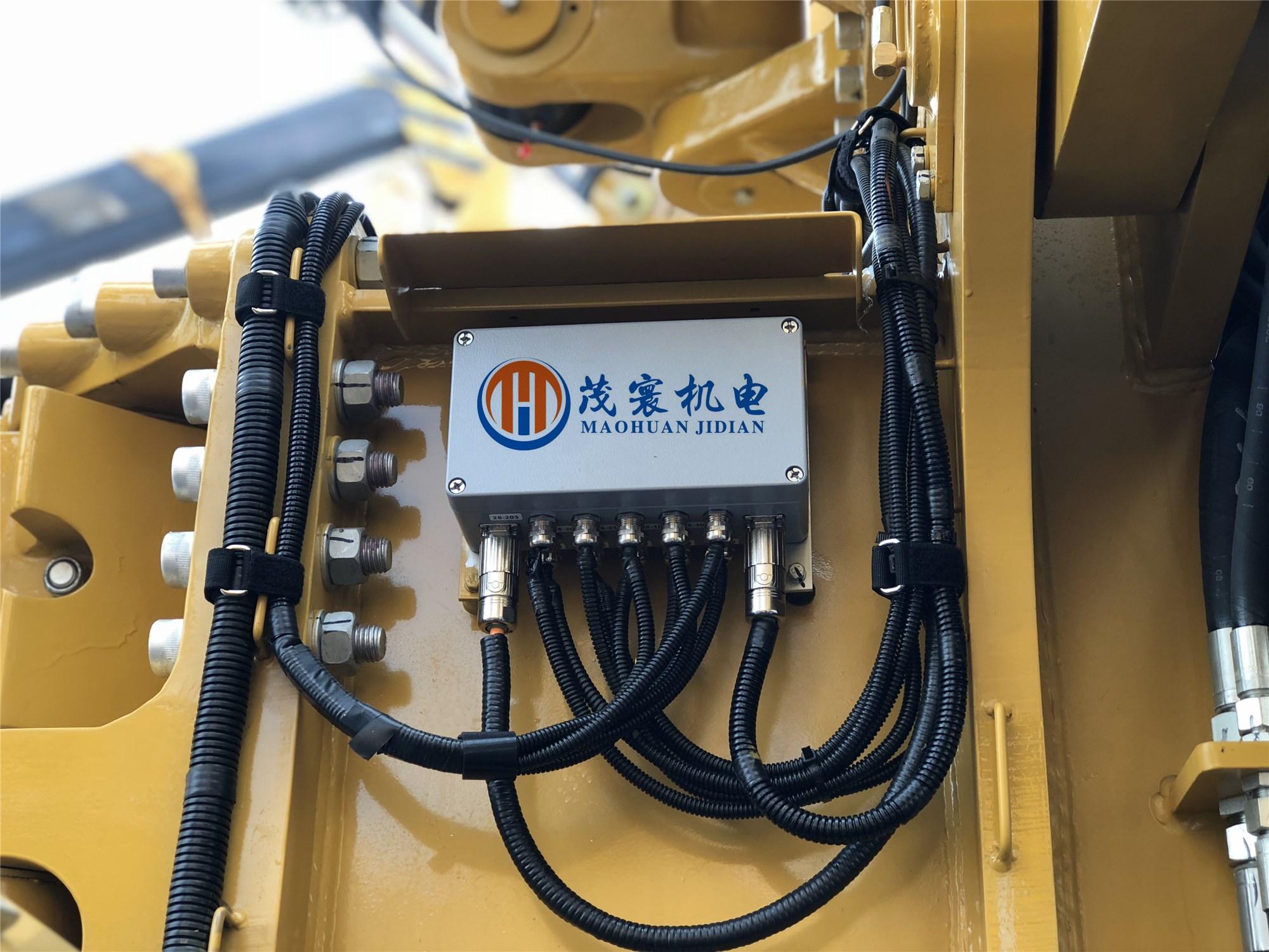 江苏供应型馈线穿墙板的作用 创造辉煌「上海茂寰机电科技供应」
