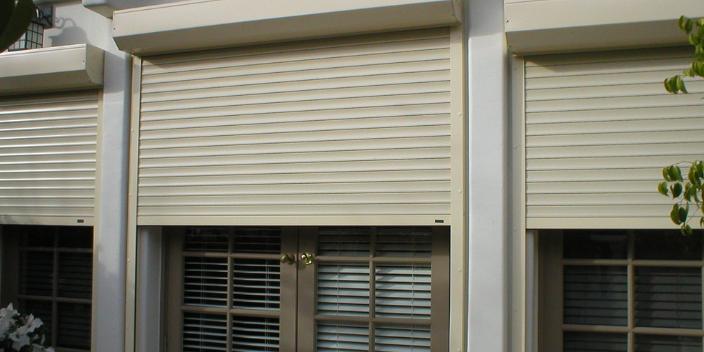 徐汇区防风电动卷帘 服务为先 上海索盛窗饰供应