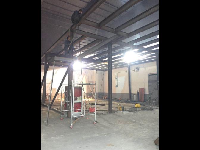 厂房钢结构隔层工程