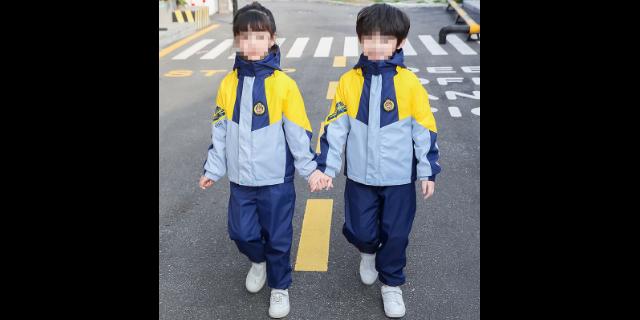 浙江學生沖鋒衣校服批發價格 服務為先「福建省勝良服飾供應」