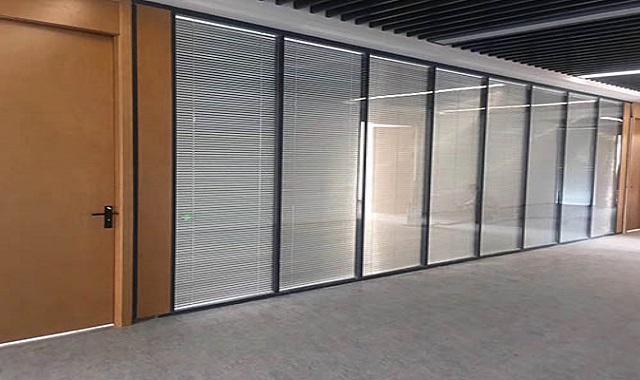 办公室玻璃隔断零售,隔断