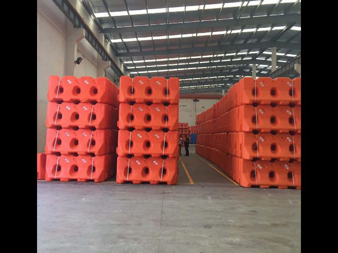南京led吹塑机设备报价 台州市融亚机械设备供应