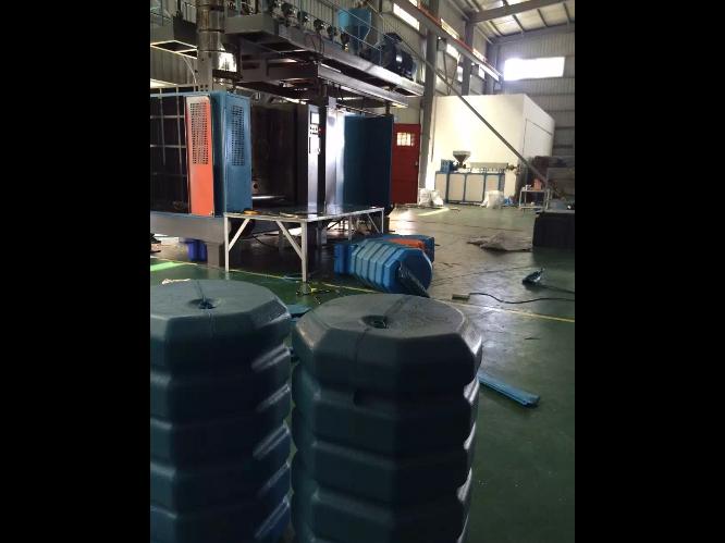 无锡pet吹塑机哪家好 台州市融亚机械设备供应