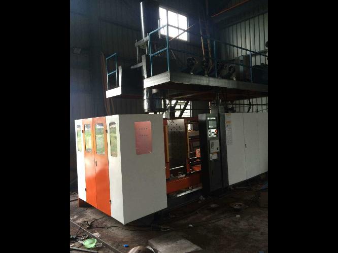 武汉中空吹塑成型机生产厂家 台州市融亚机械设备供应