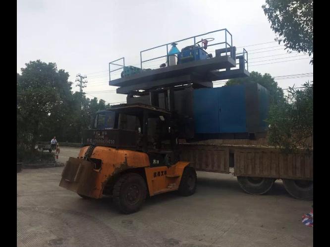 潍坊全自动注吹中空成型机报价 台州市融亚机械设备供应