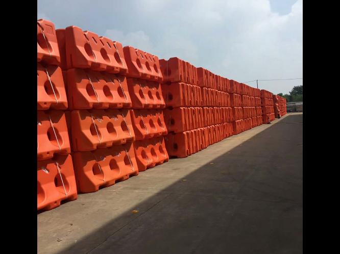 天津中空塑料成型机厂家电话 台州市融亚机械设备供应
