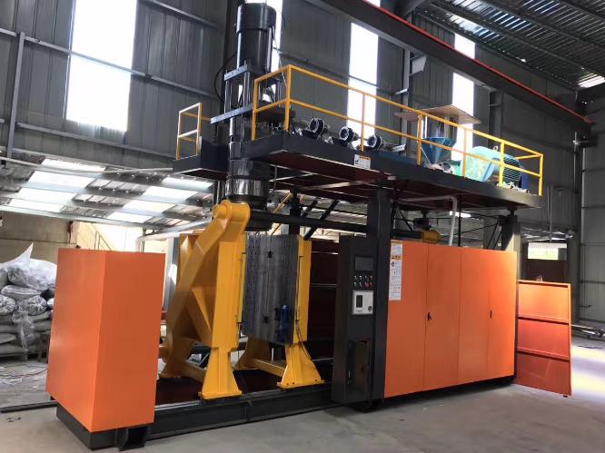 天津中空吹塑成型机厂家 台州市融亚机械设备供应