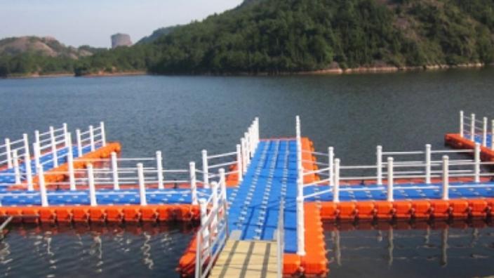 江蘇塑料浮橋是什么 臺州霞光塑模供應