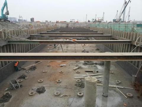 上海松江拉森桩单价 望南机械设备租赁供应