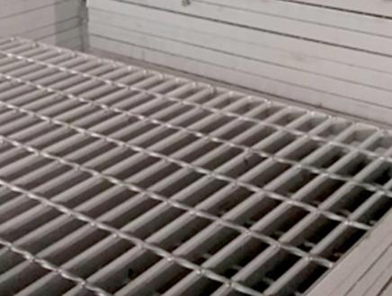 梁溪區發展鋼踏步板以客為尊,鋼踏步板