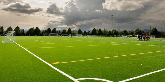 南通高端足球场人造草坪厂家供应 欢迎来电「无锡市景博人造草坪供应」