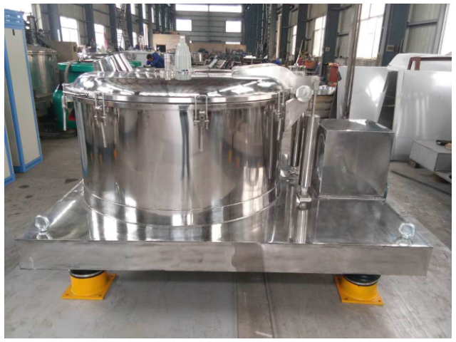 襄阳密闭平板离心机的应用「无锡市龙泰化工机械设备供应」